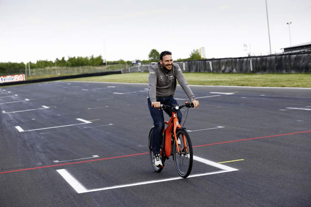smart ebike in Pole Position; Bild: Daimler AG